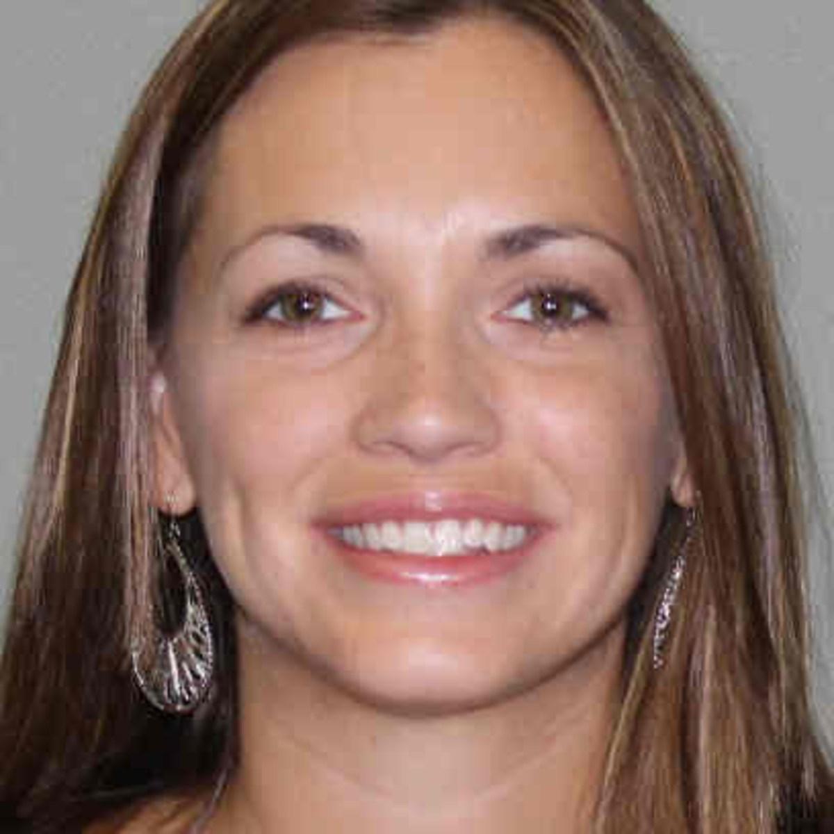 Beth Darbe's Profile Photo