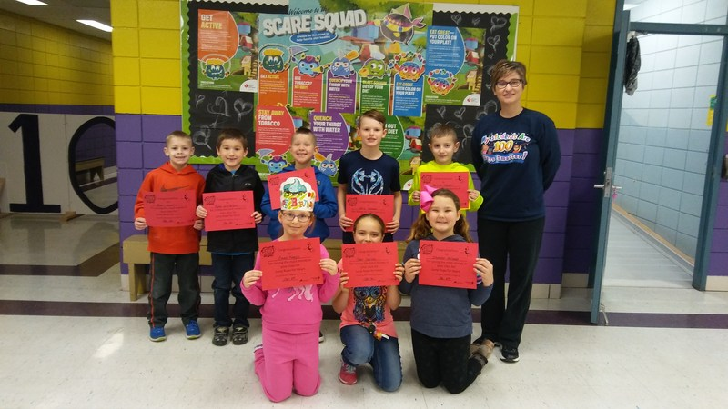 students holding certificates for jump rope for heart