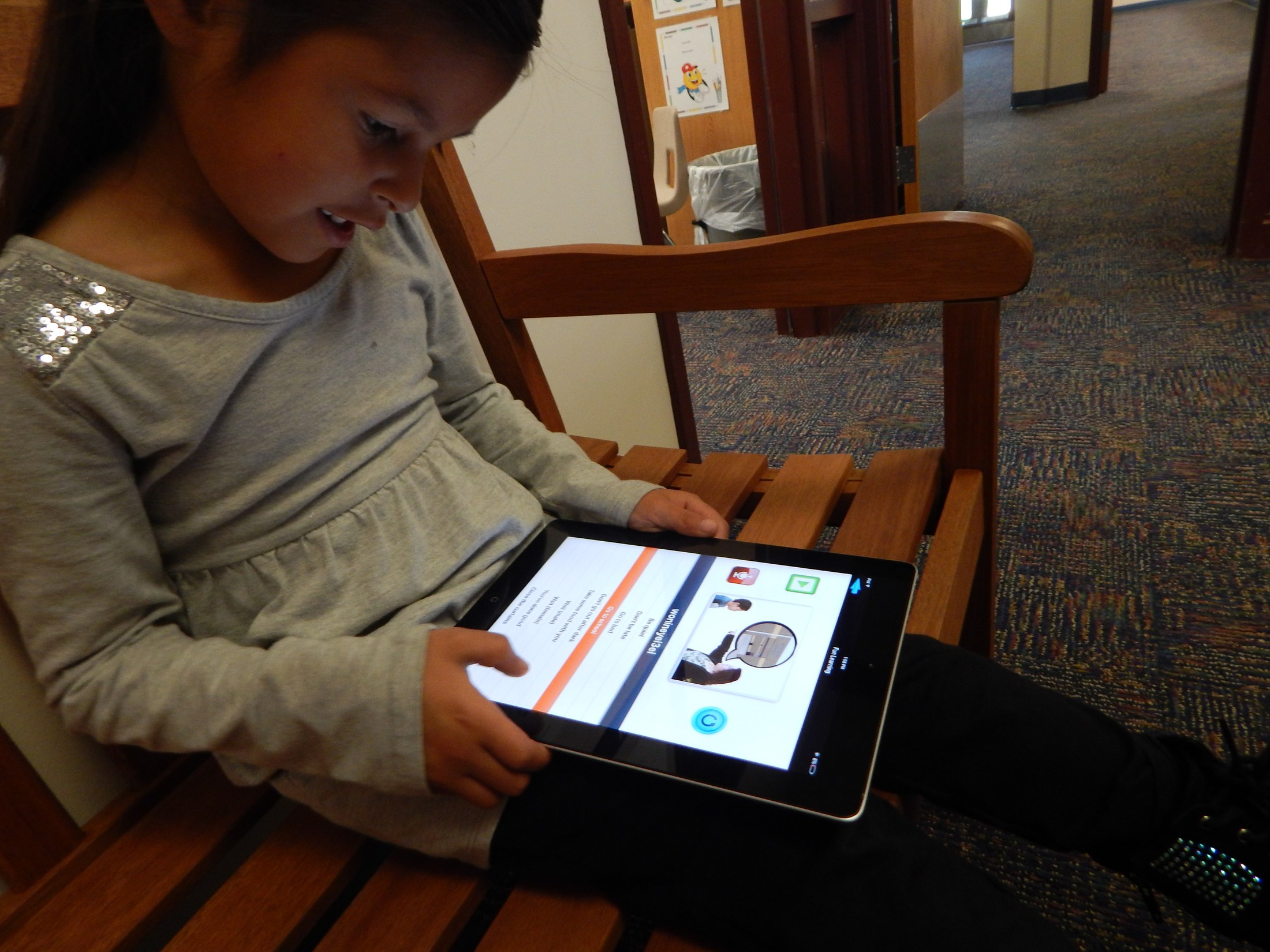 Student Using Arapaho Language App