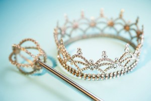 homecoming-crown-82090233-630x419.jpg