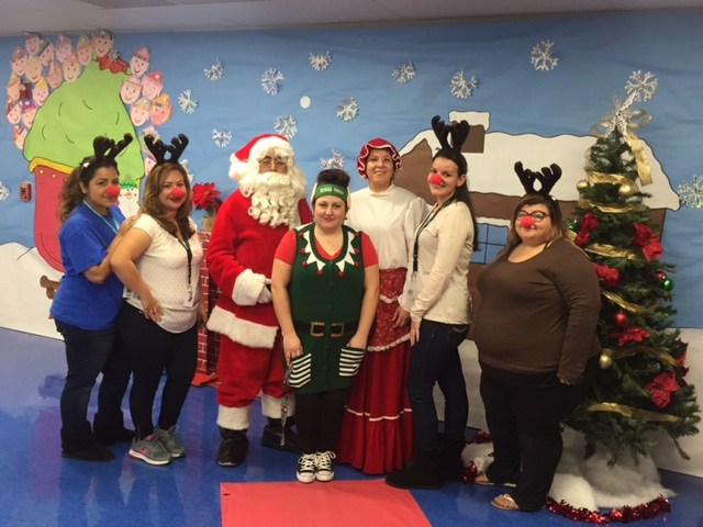 Edward Hyatt Elementary PTA at Christmas