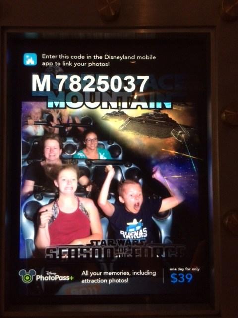Disneyland - Hyper Space Mountain