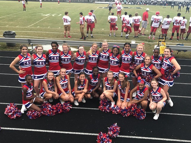 Cheerleaders at Magnolia Middle Game
