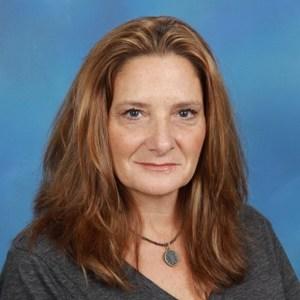 Elizabeth Brasler's Profile Photo