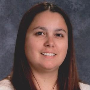 Elizabeth Estrada's Profile Photo
