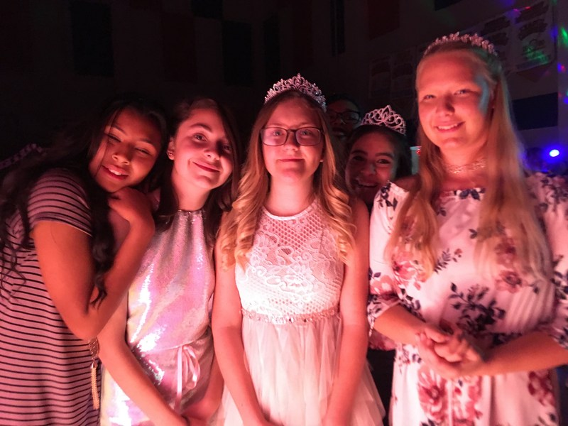 AVID 'Sweethearts Ball' a Success Featured Photo