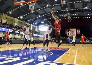 Knicks on defence