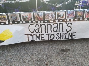 Side view of Cannan float.