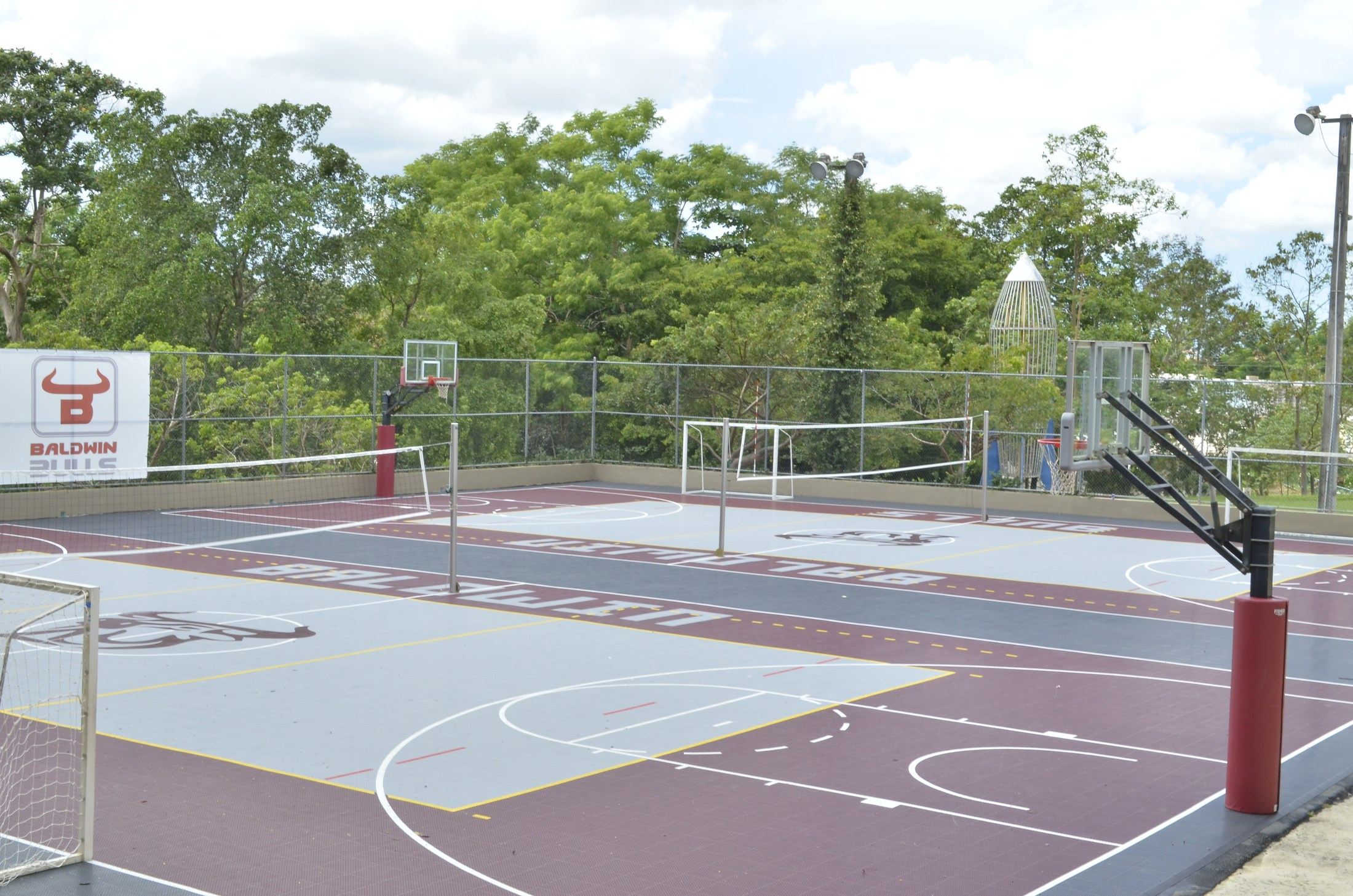 Baldwin School outdoor courts