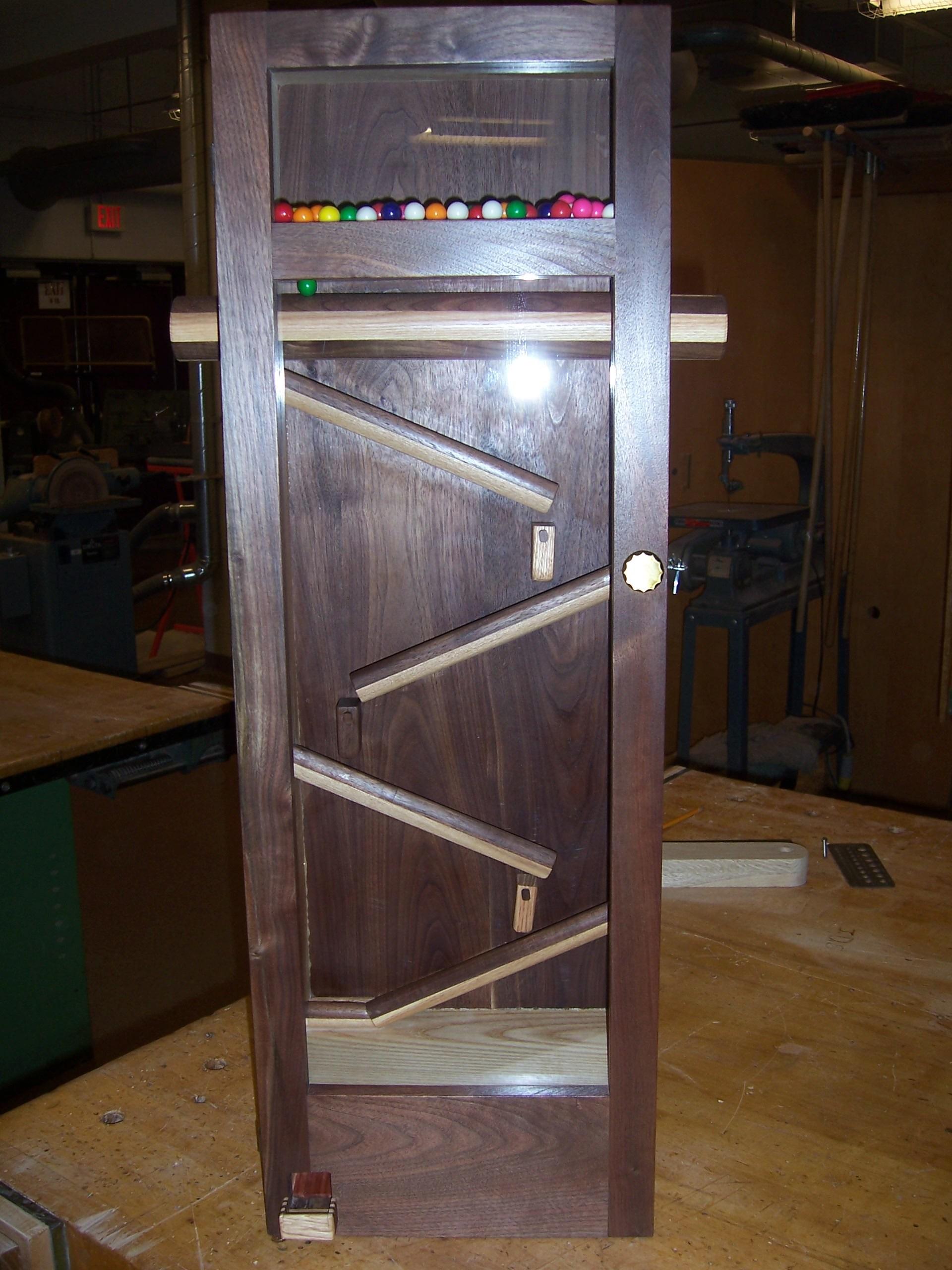 Gumball Machine-Wood Technology