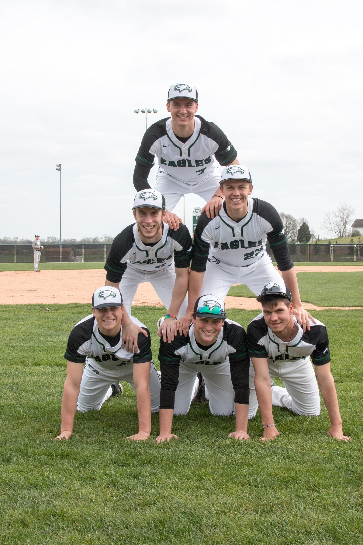 2017 Senior Baseball players photo