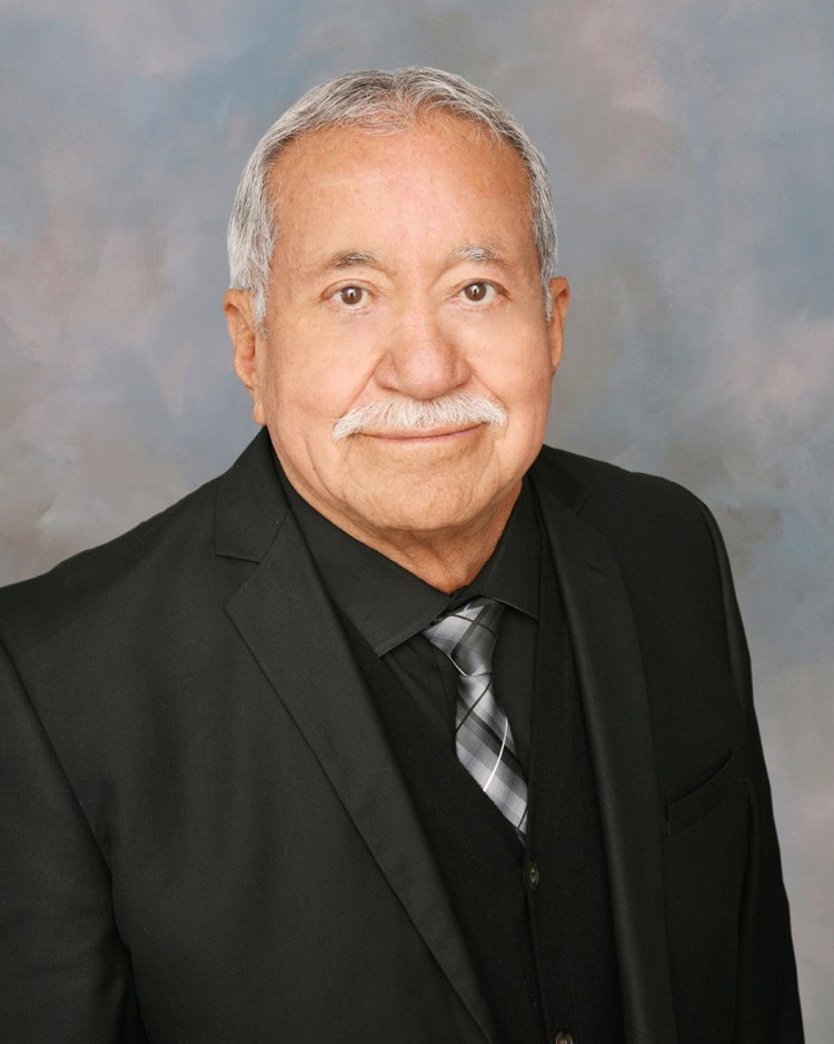 Picture of Santos Hernandez, Jr.