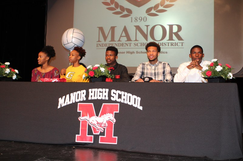 MHS Honors Five Student-Athletes on National Signing Day Thumbnail Image