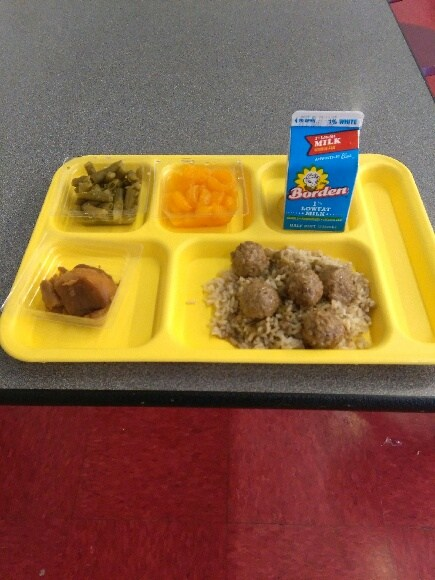 meatball stew lunch tray
