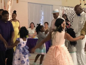 dads and daughters dancing