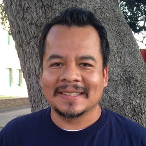 Juan Flores's Profile Photo