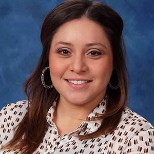 Elizabeth Herrera's Profile Photo