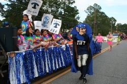 Homecoming Parade 020.JPG