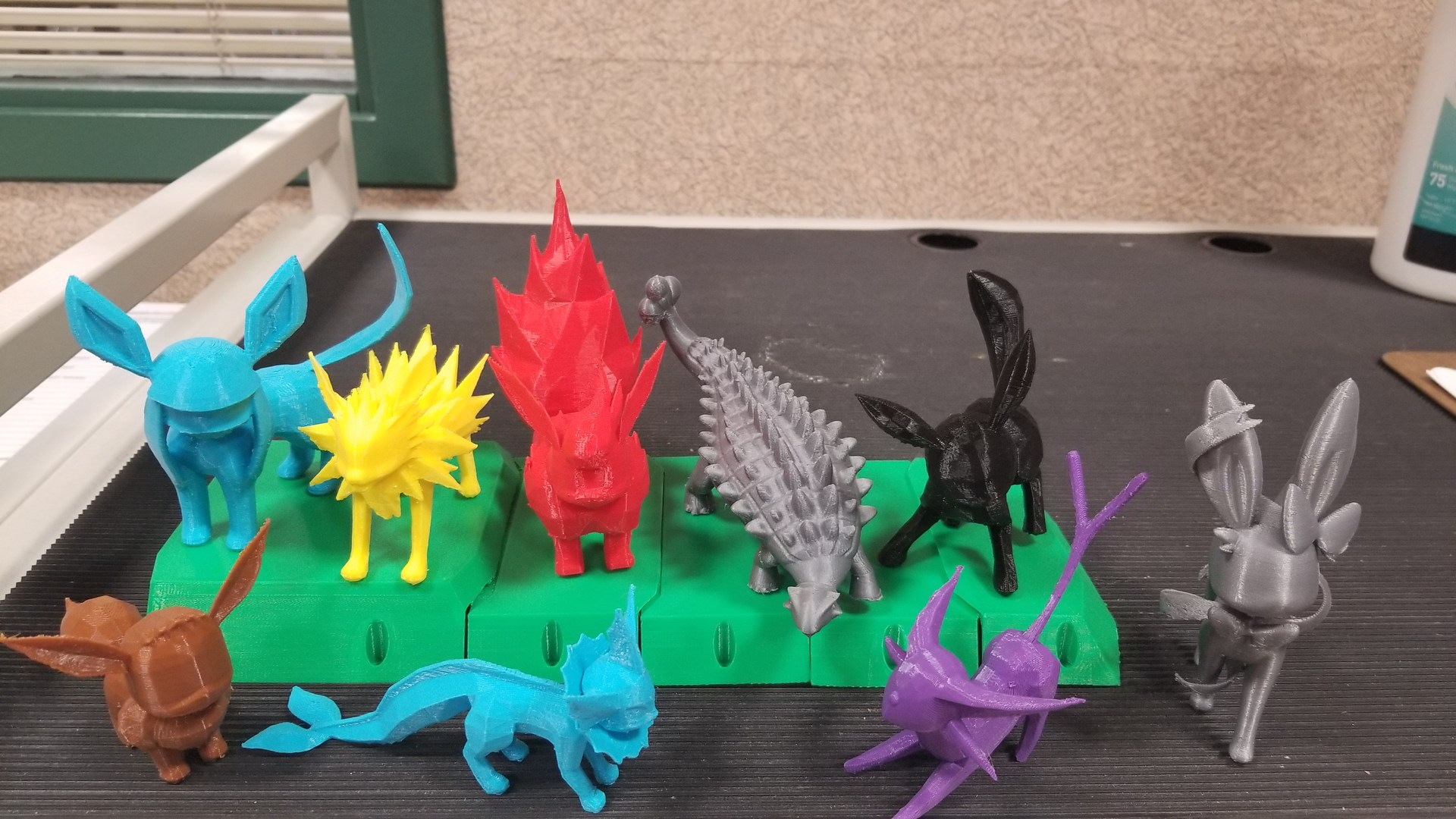 A 3D printed menagerie of creatures!