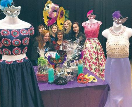 Cosmetology students to host fashion show Featured Photo