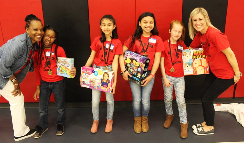 Elm 4th and 5th Grade Students Compete in Science Fair Thumbnail Image