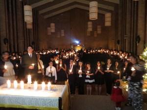 Candlelight Service 4.jpg