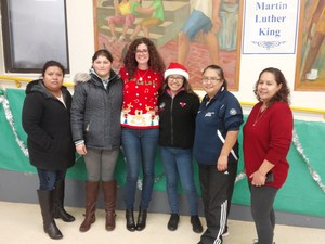 Paz benefactor pictured with Mom volunteers.