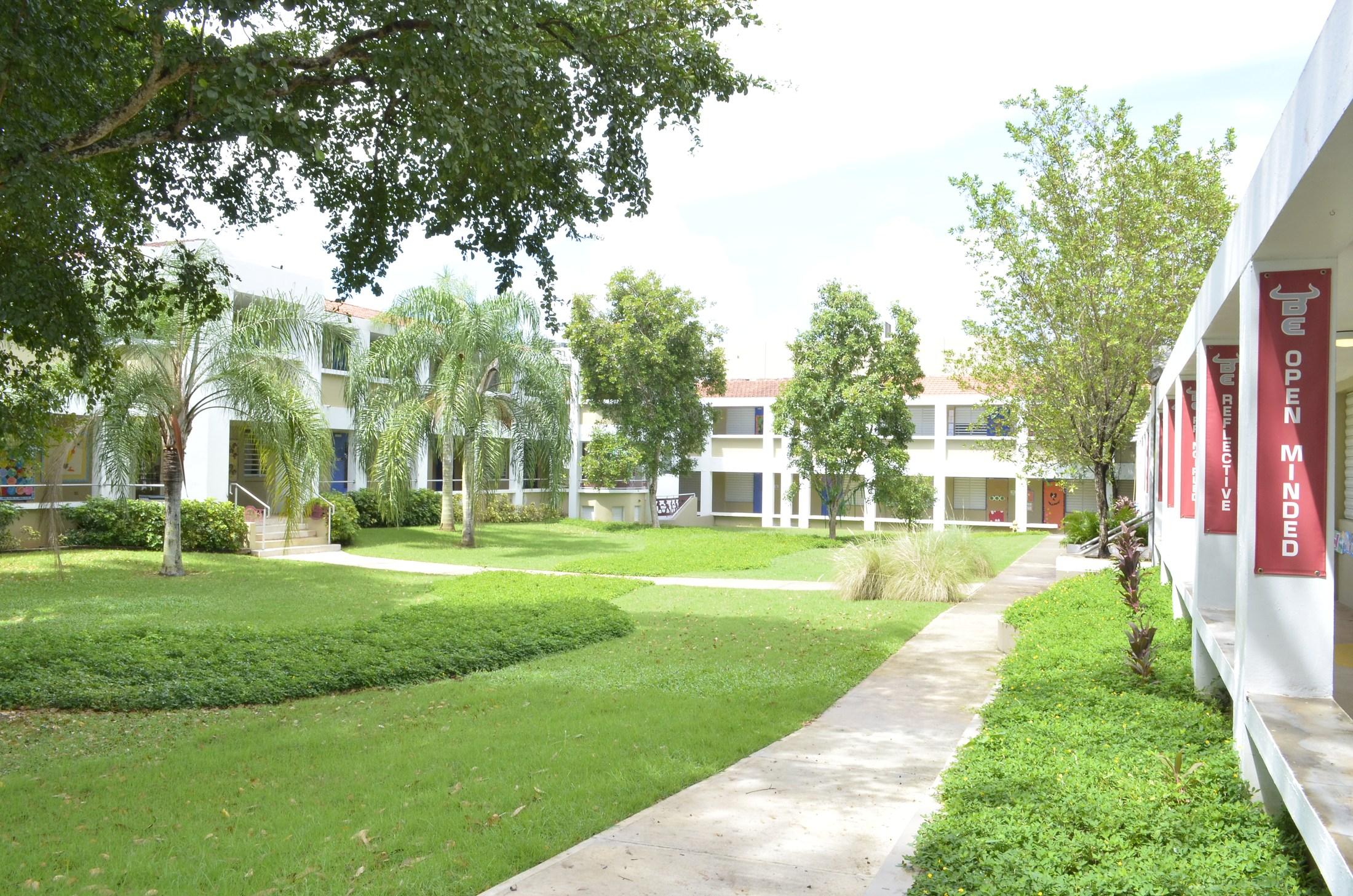 Baldwin School Elementary (PYP) courtyard