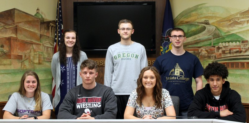 AAHS STUDENT ATHLETES TO CONTINUE POST-SECONDARY ATHLETICS Thumbnail Image