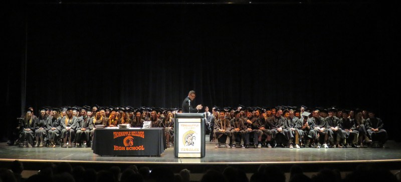 The Class of 2016 receive honors and awards.