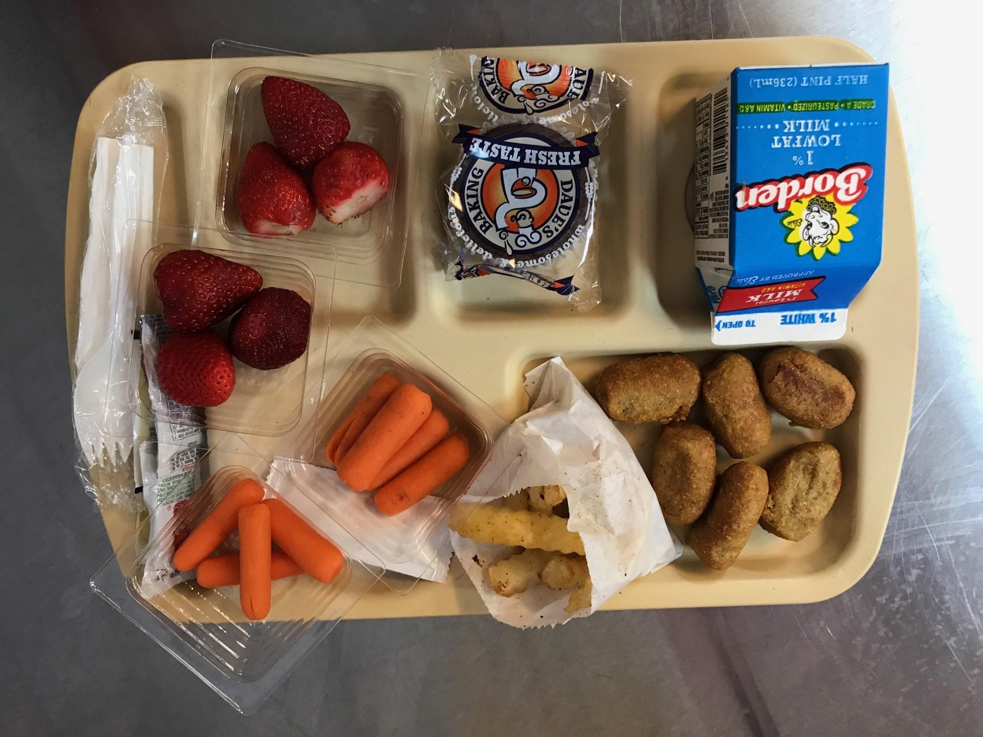 Corndog nuggets Lunch tray
