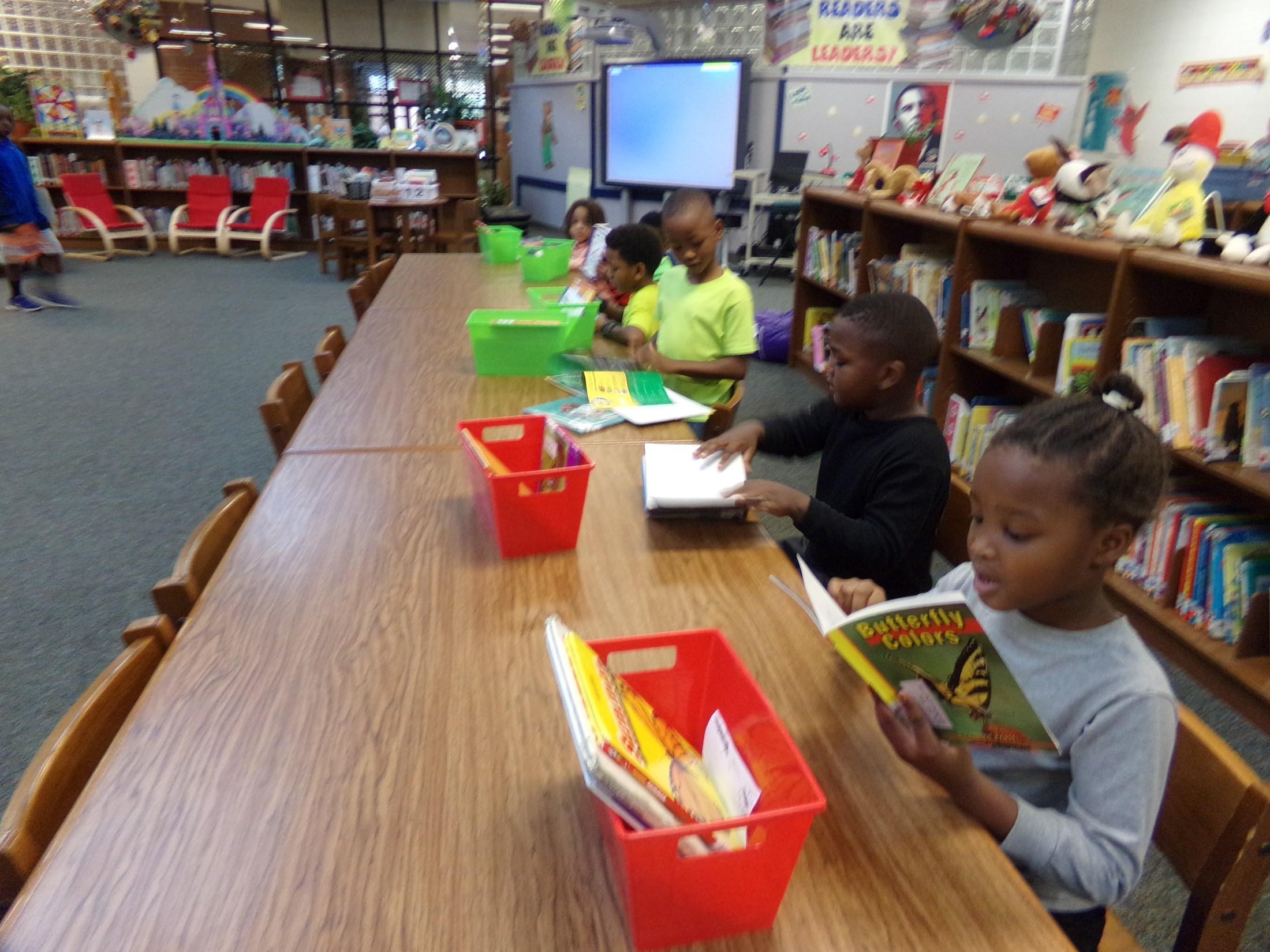 First Grade visit media center