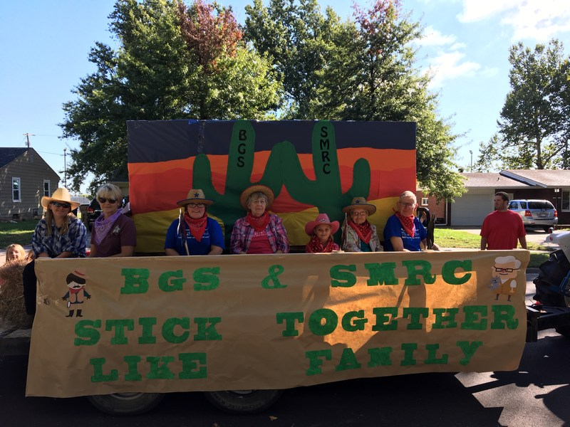 BGS PreK takes 1st place & BGS/SMRC take 2nd for their floats in the Buhler Frolic Parade Thumbnail Image