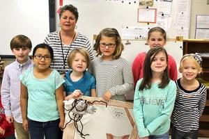 2nd grade spider presentations (12).JPG