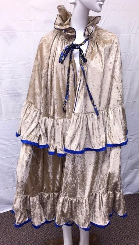 Belle Cloak