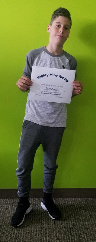 Jesse Jones Receives Mighty Mike Award Thumbnail Image