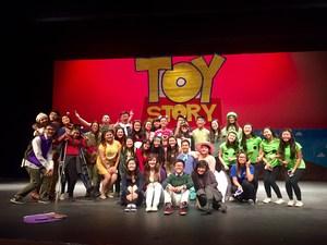 SGHS Got Talent Participants take group photo