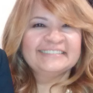 Claudia Flores's Profile Photo
