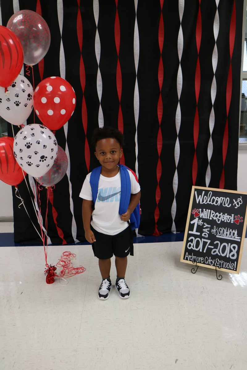 Will Rogers student on first day of school