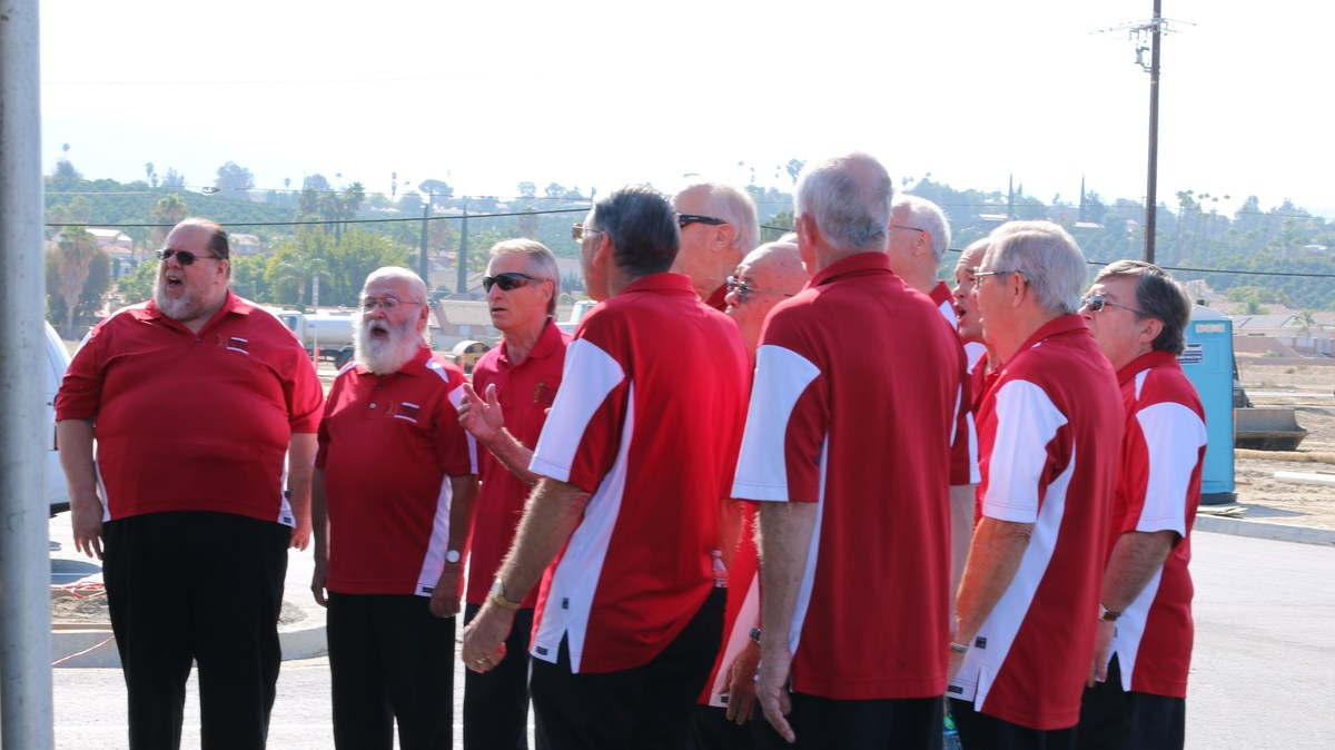 Hemet Harmonizers singing the National Anthem