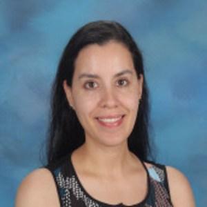 Elizabeth Gutierrez-Kinney's Profile Photo