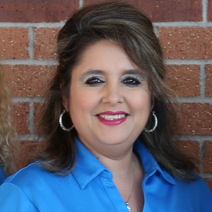 Linda Saenz's Profile Photo