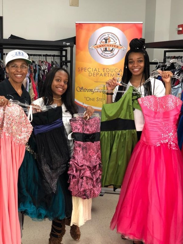 Pop-Up Prom Shop Helps Lancaster Students Prepare for Special Evening Thumbnail Image