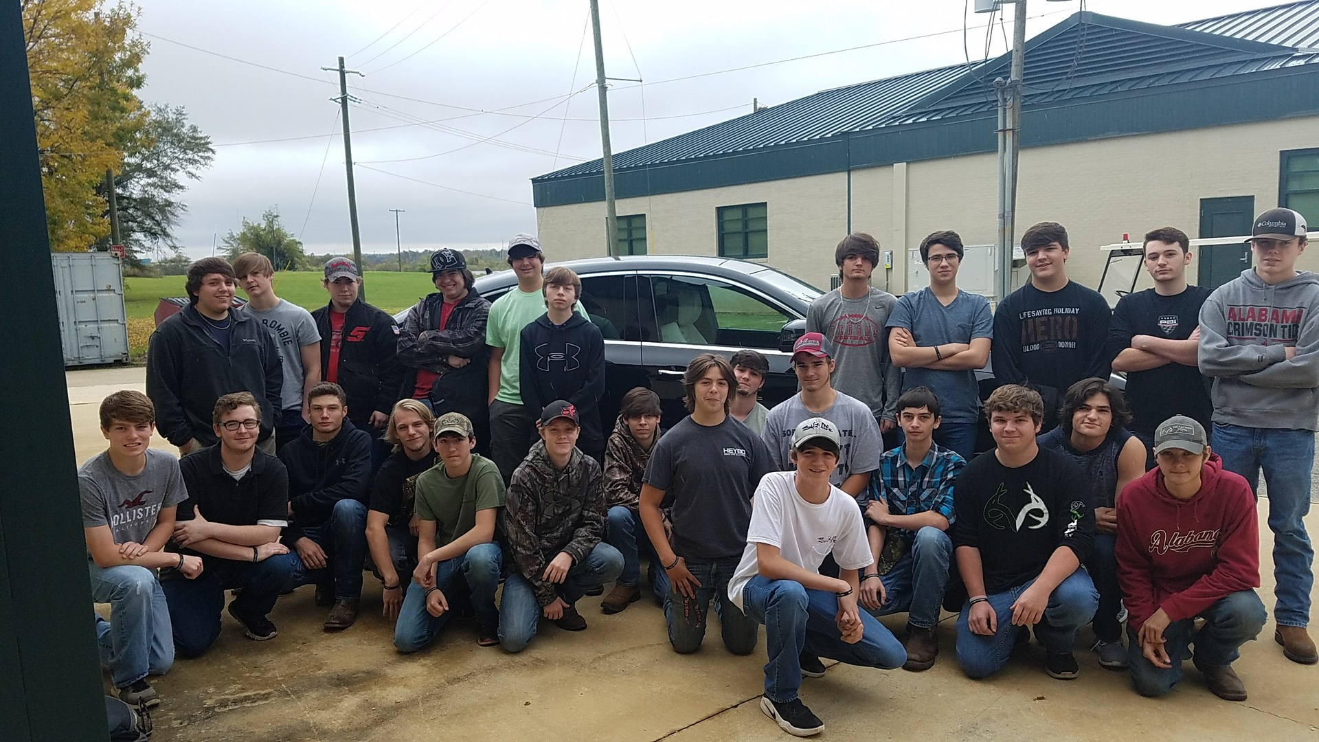 2017-18 auto students visiting Shelton State Mercedes tech program