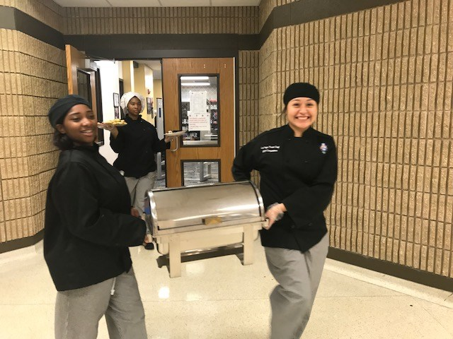 ECHS Students Participate In Culinary Club Thumbnail Image