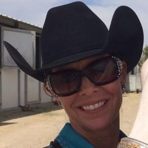Becky Pahl's Profile Photo