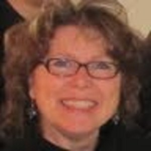 Julie New's Profile Photo