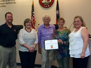 The Mineral Wells Art Association receiving recognition for their work with students in