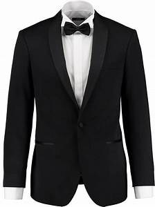 Free Tux Renal for Prom Thumbnail Image