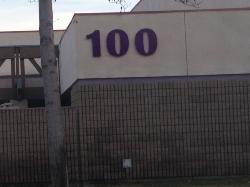 100-3.jpg